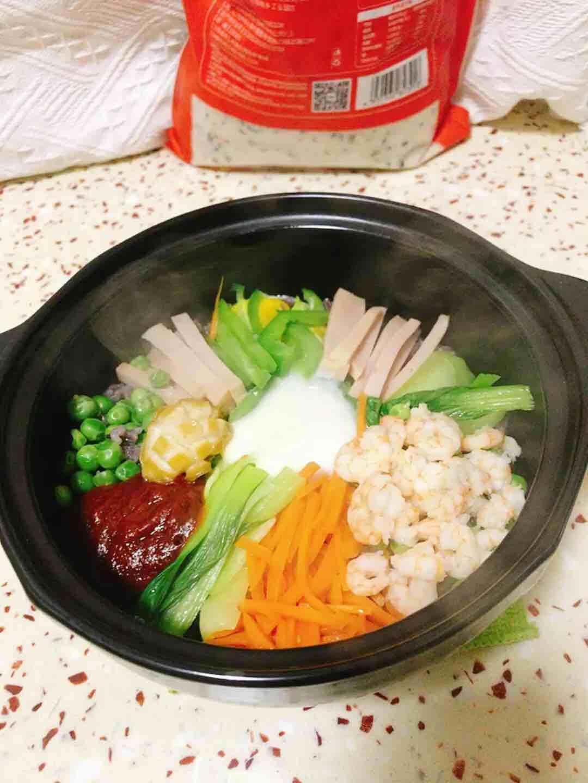 健康美味的多谷米石锅拌饭