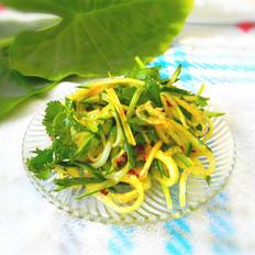 黄瓜拌香菜