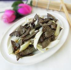 洋葱炒羊肝