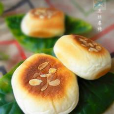 杏仁豆沙面包饼