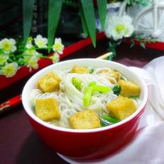 豆腐泡煮面