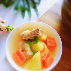 排骨土豆汤