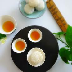 椰蓉流心奶黄月饼