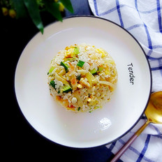 鸡蛋米饭炒饼