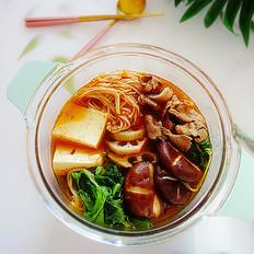 天冷,百吃不厌这一口:羊肉菌菇蔬菜一锅炖