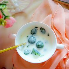 香兰叶酸奶冻的做法