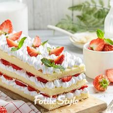 草莓城堡蛋糕
