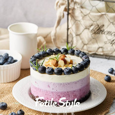 渐变芝士蓝莓蛋糕