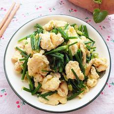 鲜香炒韭菜苔