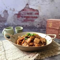 黄花菜焖五花肉
