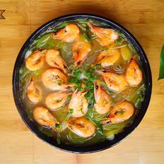 萝卜丝鲜虾粉丝汤