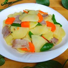 土豆炒腊肉片