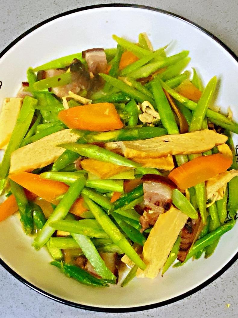 【孕妇食谱】芦笋炒香干,清爽可口,妊娠糖尿病人群的福音菜