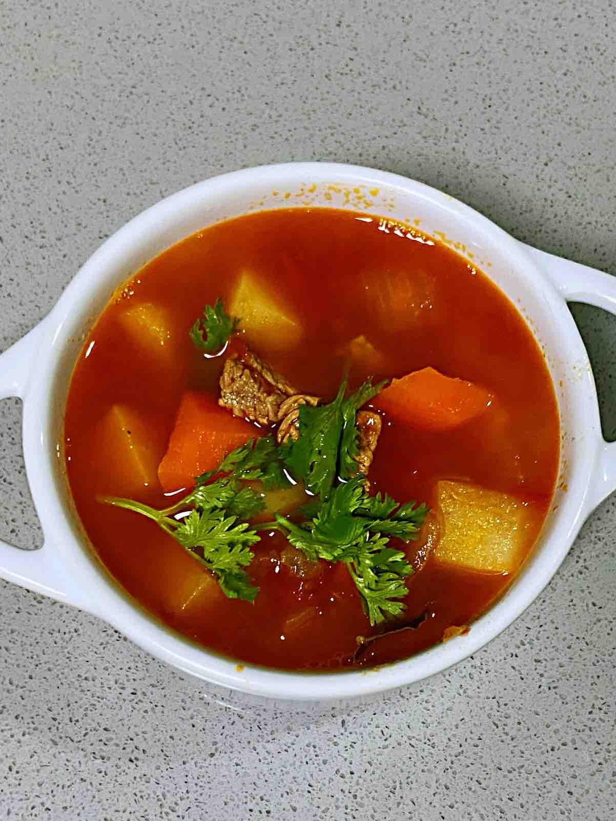 【孕妇食谱】罗宋汤,色彩美丽、汤汁浓郁、酸甜可口,开胃营养又健脾~