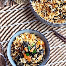 香酥紫菜炒饭