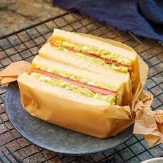 牛油果三明治