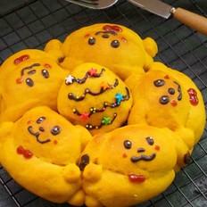 小黄狗挤挤手撕面包