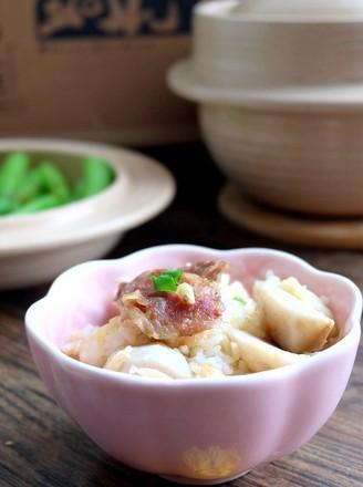 芋头腊肠煲仔饭+白灼菜心的做法