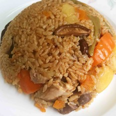 土豆香菇滑鸡焖饭
