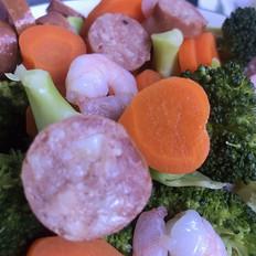 黑椒牛肉肠蔬菜色拉的做法
