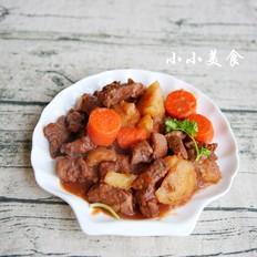红酒炖牛肉 ,传说中的法式名菜,中式做法更接地气,味道超赞