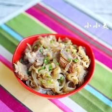 巴盟烩酸菜:内蒙西部的头道美食