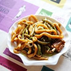 豆角焖卷子: 百吃不厌的一锅炖
