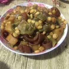 豆角土豆炖玉米