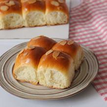 杏仁挤挤面包