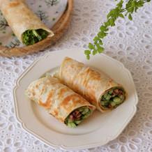 黄瓜肉丝卷饼