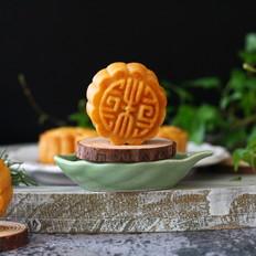 椰蓉蛋黄月饼
