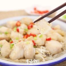 蒜蓉粉丝蒸龙利鱼丨鱼肉鲜嫩粉丝爽滑。