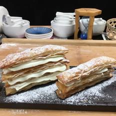 拿破仑手抓饼千层酥,一口酥脆,一口满足。