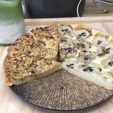 烤年糕披萨,焦脆外壳软糯内心、丰富馅料。