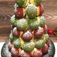 圣诞双色泡芙塔,超甜蜜的奶油,酥脆的泡芙。
