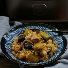 南瓜香菇鸡腿焖饭