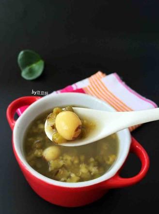 解暑绿豆莲子汤的做法