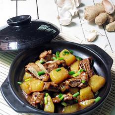 黑椒排骨炖土豆