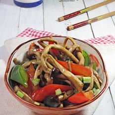 双椒炒茶树菇