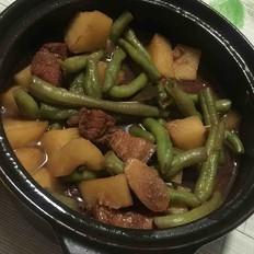 土豆豆角红烧肉