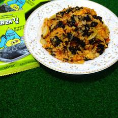 辣白菜海苔蛋炒饭