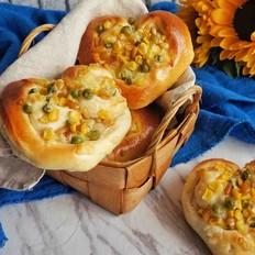 爱心松仁玉米面包