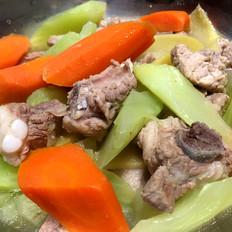 莴苣胡萝卜清炖排骨