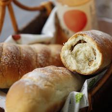 核仁葡萄干全麦面包棍