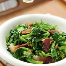 腊肉炒白菜苔