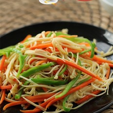 青椒胡萝卜炒金针菇