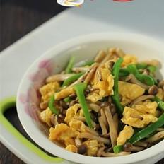 青椒蟹味菇炒鸡蛋