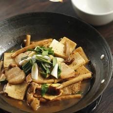 茶树菇千叶豆腐煲