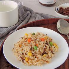 杂蔬牛肉酱炒饭