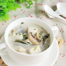 海带豆腐蘑菇汤